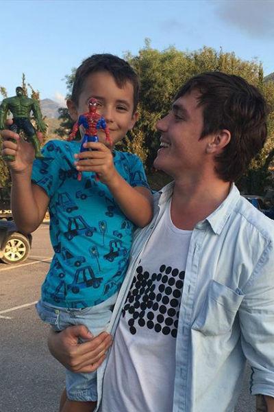 Женя Кузин с сыном