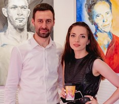 В Москве открылась выставка модной художницы Анны Чех
