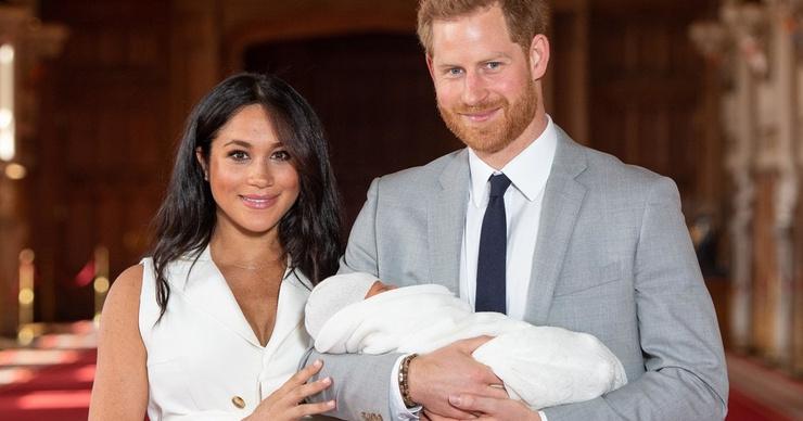 Няня сына Меган Маркл и принца Гарри уволилась после двух недель работы