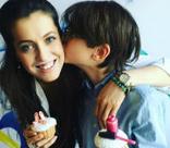 Анастасия Меськова учит сына словам любви
