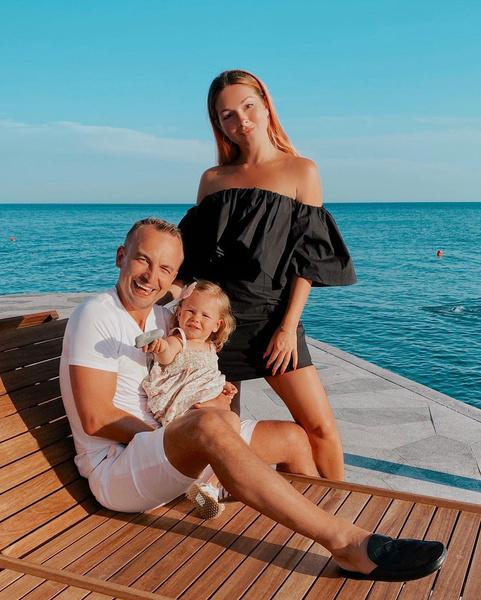 Нюша и Игорь Сивов женаты уже четыре года