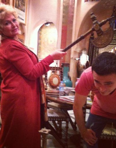 """На отдыхе в Марокко все еще было хорошо и Илья постил фото с мамой Ксении в своем """"Твиттере"""", ноябрь 2012"""