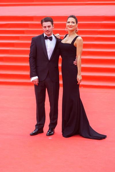 Климова и Гела Месхи не смогли уделять достаточно времени семье из-за работы