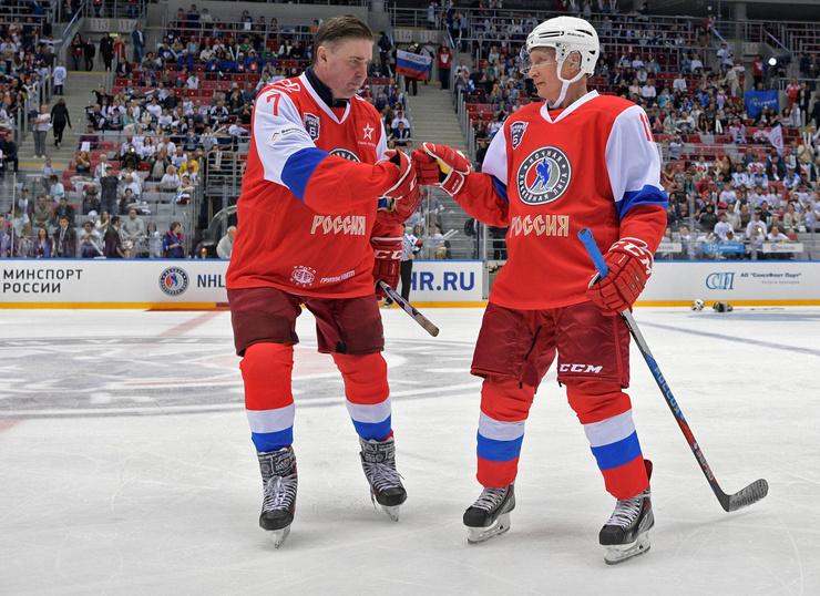 Хоккей — любимое увлечение главы государства