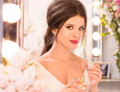 Анна Чиповская представила новый аромат от Avon