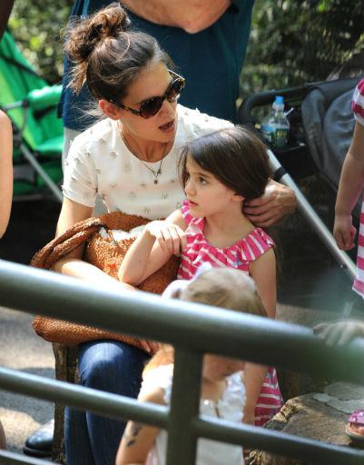 Кэти рассказывала дочери что-то очень интересное