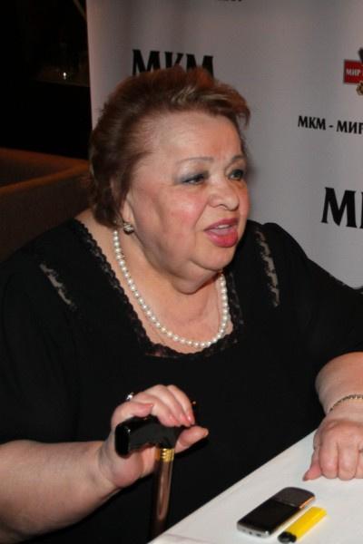 В последние годы Наталья Крачковская передвигалась с тростью