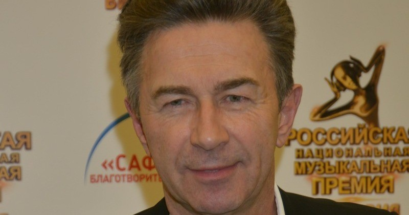 Валерий Сюткин жил на две семьи: «Трудно было уходить, когда дома ждал пятилетний сынишка» | StarHit.ru