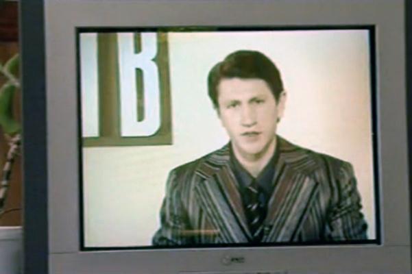 В сериале «Дело было в Гавриловке» артист перевоплотился в диктора