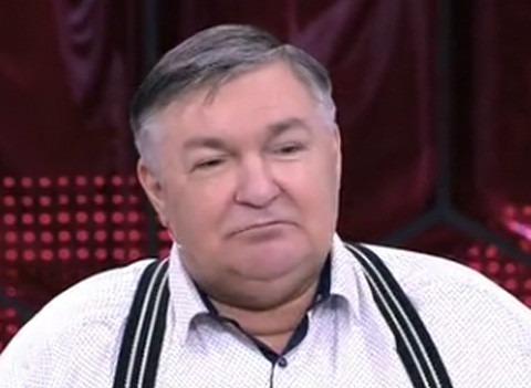 Страдающий от алкоголизма юморист «Смехопанорамы» Дмитрий Иванов попросил прощения у матери