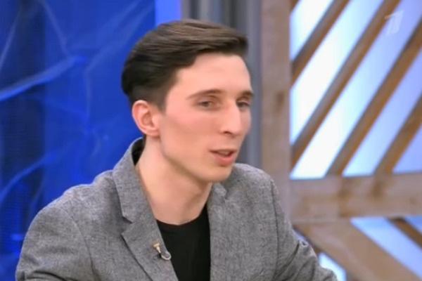 Алексей познакомился с Юлией восемь лет назад