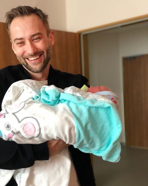 Дмитрий Шепелев с новорожденным