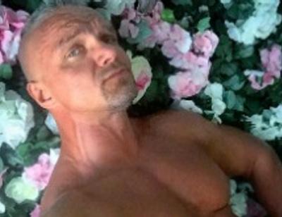 Владимир Епифанцев качает тело ради секса