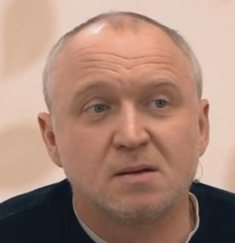 Олег Алмазов