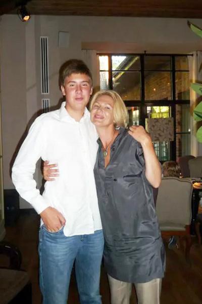 Егор с матерью