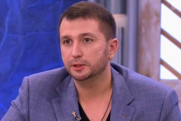 Нынешний муж ведущей Андрей Сусиков познакомился с Ксенией на радио