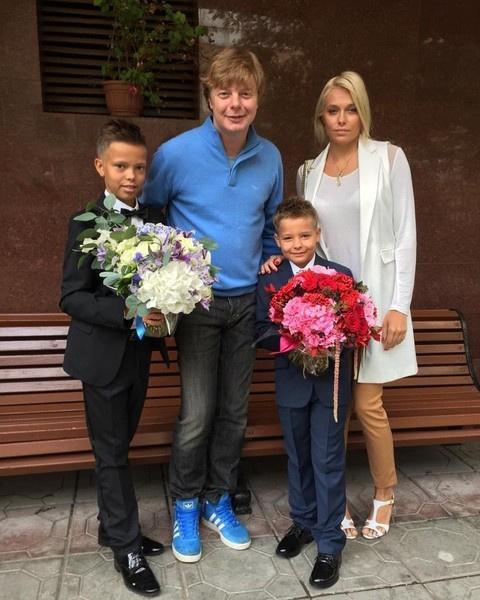 Андрей и Мария уже воспитывают двух детей