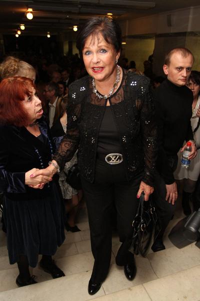Раньше Наталья Фатеева была частым гостем кинопремий, но после травмы перестала выходить в свет