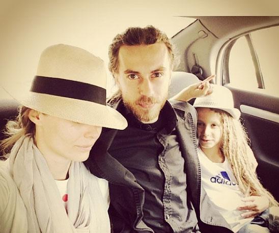 Кирилл Толмацкий женат на бывшей  нижегородской модели Юлии.  В 2005 году у пары родился сын Тони