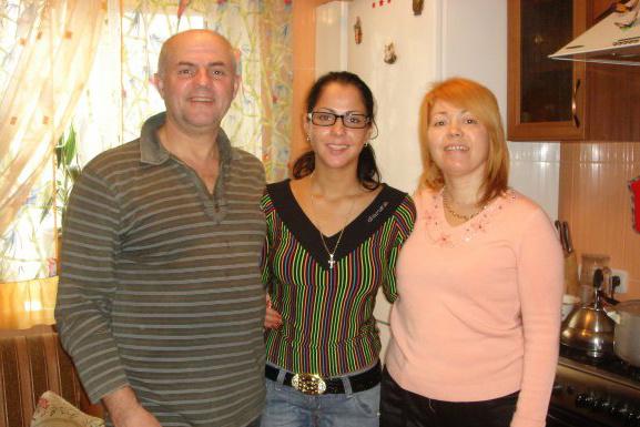 Родители дали согласие на ранний брак дочери