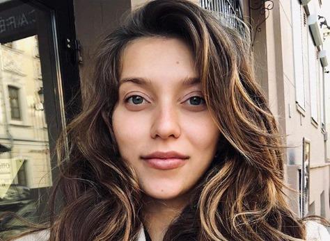 Регина Тодоренко вышла на работу спустя две недели после родов
