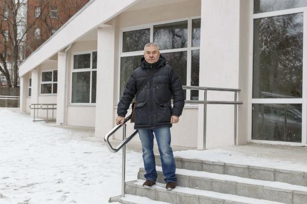 Сергей решил  помочь не только  жене, оставшейся  инвалидом,  но и другим  пострадавшим