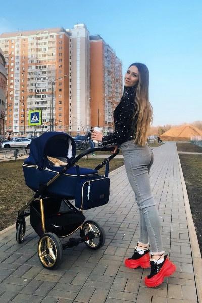 Алена Рапунцель одна воспитывает сына