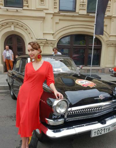 Раритетные авто вызвали восторг у зрителей и гостей мероприятия