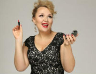 Звезда Comedy Woman Надежда Ангарская стала мамой