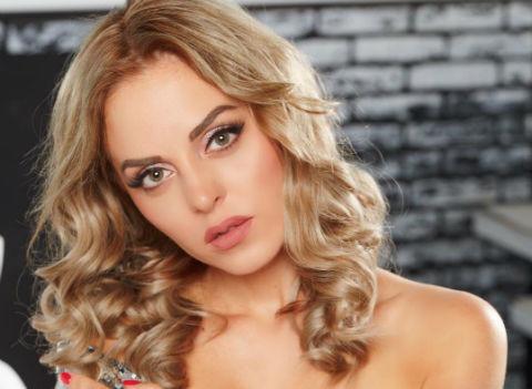 Юлия Ефременкова уличила экс-бойфренда в неверности