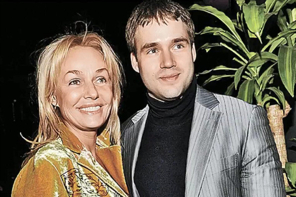 Актриса с сыном Дмитрием
