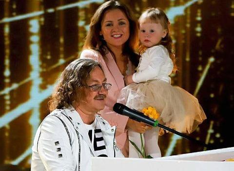 Дочь Игоря Николаева произвела фурор на телевидении