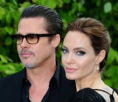 Анджелина Джоли и Брэд Питт усыновили мальчика из Сирии
