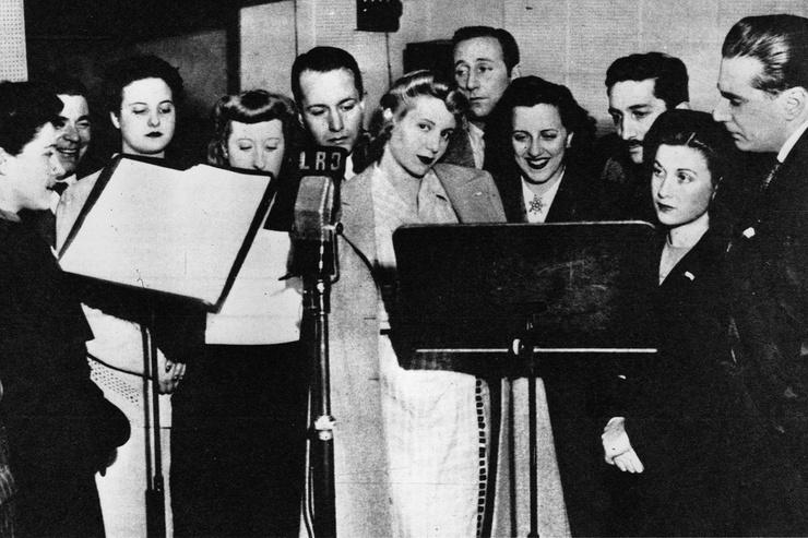 Карьера Эвы продвинулась благодаря проекту радиоканала «Бельграно»