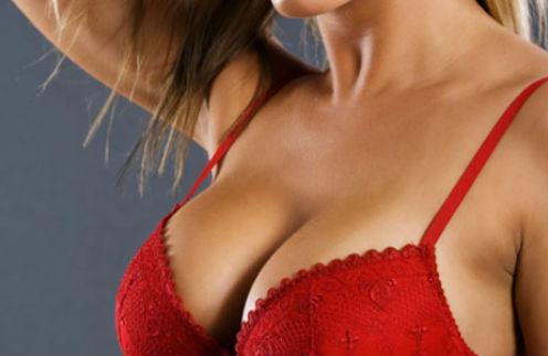 Размер мечты: почему женщины решаются на пластику груди