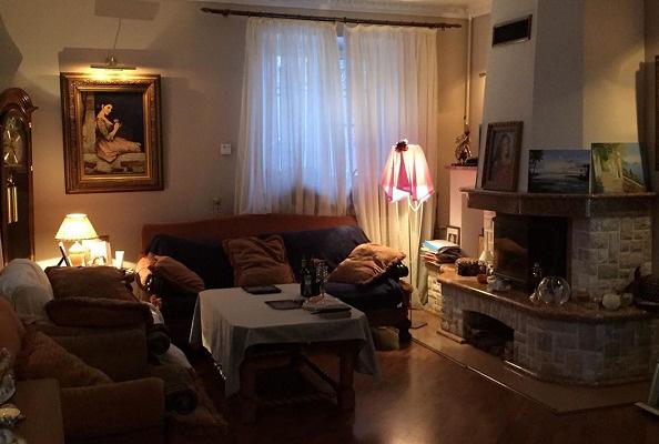 Так выглядит гостиная дома, который Елена продала в июле