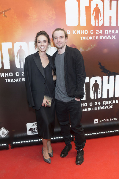 Актер встречается со Стасей Милославской