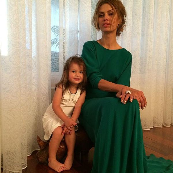 Телеведущая хочет, чтобы у ее дочери было блестящее образование