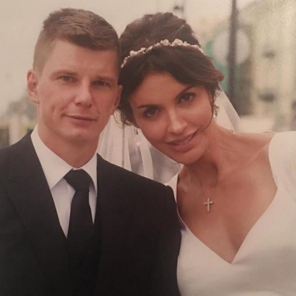 В прошлом году Андрей и Алиса стали мужем и женой
