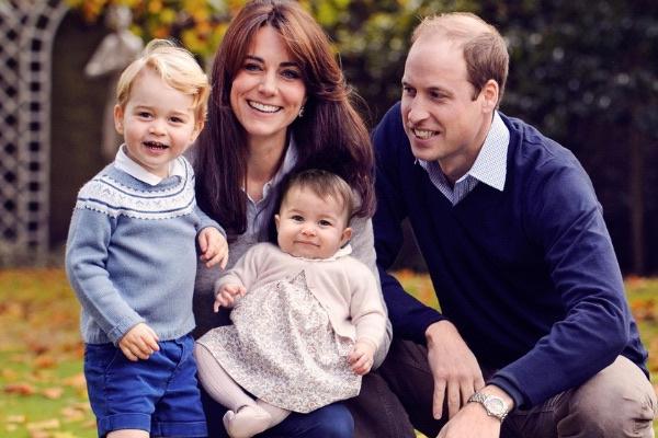 Принц Уильям с женой Кейт Миддлтон, сыном Джорджем и дочерью Шарлоттой
