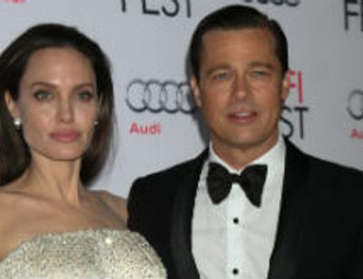 Причиной развода Джоли и Питта называют французскую актрису