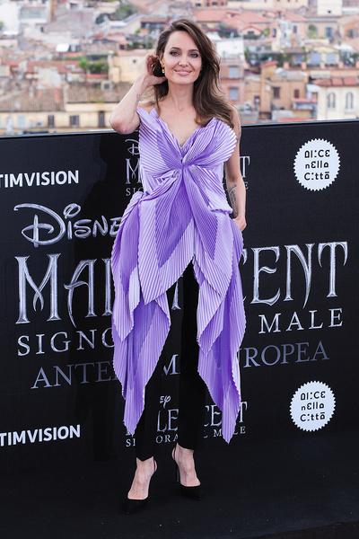 Актриса на премьере фильма «Малефисента: Владычица тьмы», Рим