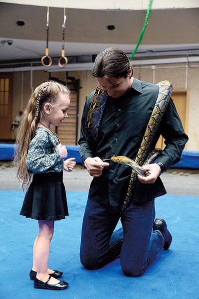 «Какая милая змейка», – сказала 4-летняя Стеша и погладила рептилию