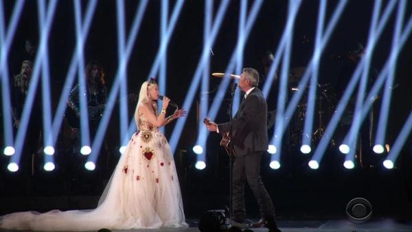 Фрики и модники: лучшие и худшие наряды премии «Грэмми-2020»