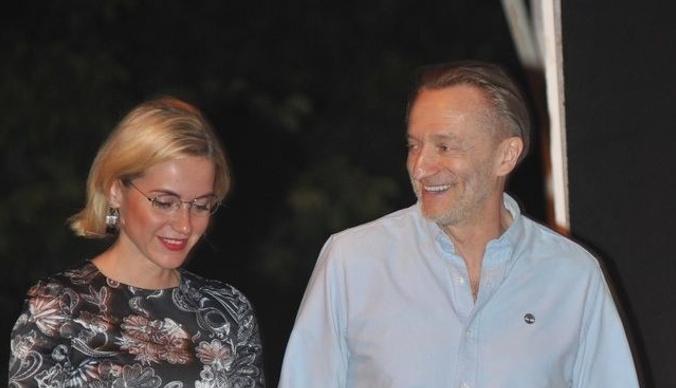 Бывший муж Елены Валюшкиной вышел в свет с молодой женой