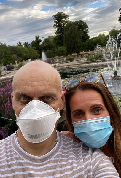 Больной раком Олег Тиньков: «Жена носила еду в кровать»