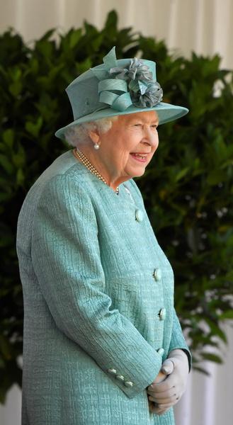 Внучка королевы Елизаветы II тайно вышла замуж