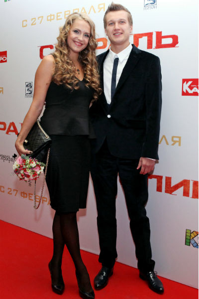 Анатолий и Елена часто посещают вместе светские мероприятия