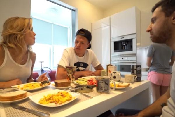 Лера и Амиран в гостях у Дмитрия Тарасова
