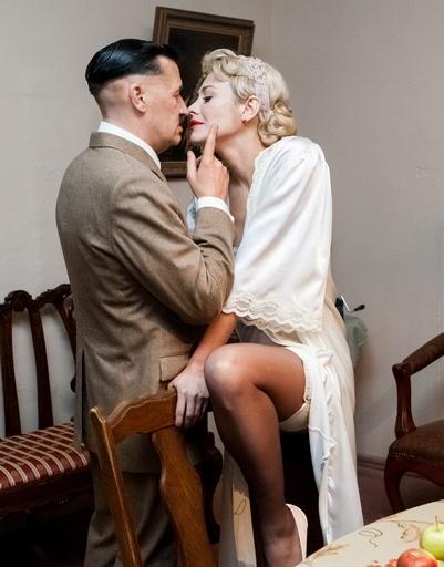 Ее героиня Марина замужем за начальником в МГБ